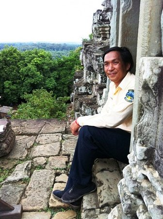 Angkor Local Guides - One Day Angkor Private Sight Seeing Tour