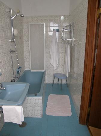 Hotel San Marino - Laglio: Toilet