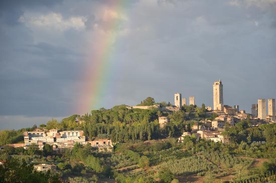 Podere Sant'Elena: Ein Doppelregenbogen!