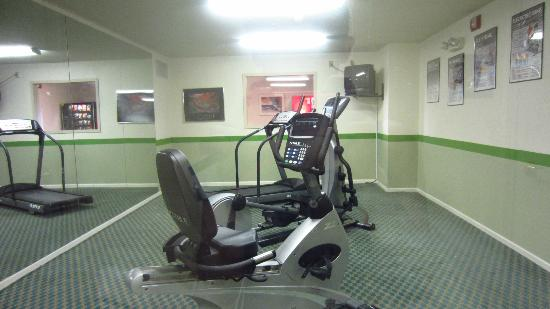 Extended Stay America - Omaha - West : Fitness room