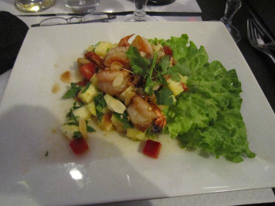 NEW SAIGON : salade ananas, gambas ...