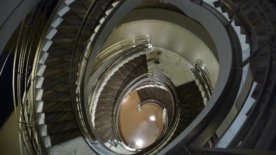 Wonderful Rubin Museum Of Art: Spiral Stairs