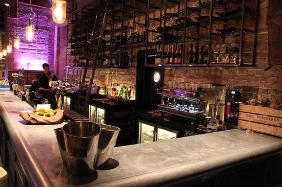 Hermitage Road Restaurant & Bar