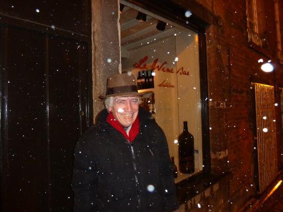 Le Wine Bar des Marolles: sous la neige, sous le soleil, toujours excellent!