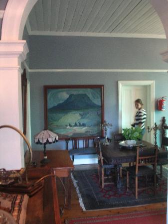 Medindi Manor: Upper floor