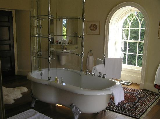 Castlecoote House: Percy French room bathroom