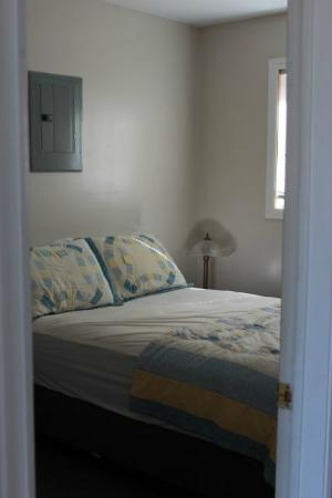Four Winds Cottage Resort: Master bedroom