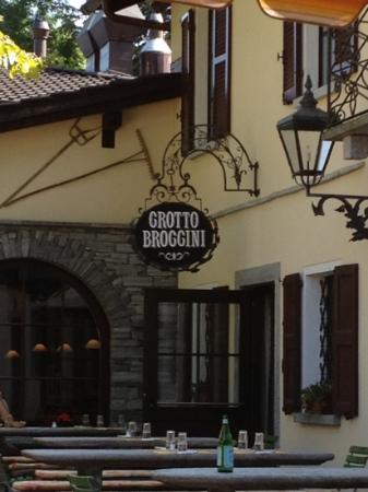 Grotto Broggini: broggin brascin...