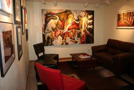 The Vine: Lounge Area