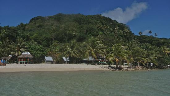 Namua Island Resort: The resort and most of the island