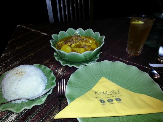 The King and I: Gang Ga-Ree Gai (Yellow Curry, aka Yummy Curry!)