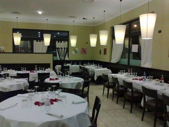 GoGo Pizza & Restaurant : interno