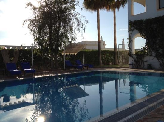 Cerro da Marina Hotel: piscine et garden