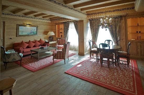 Michlifen Ifrane Suites & Spa: Suite de Luxe