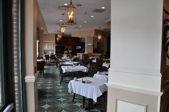 Hilton Garden Inn Savannah Historic District: Dining Area