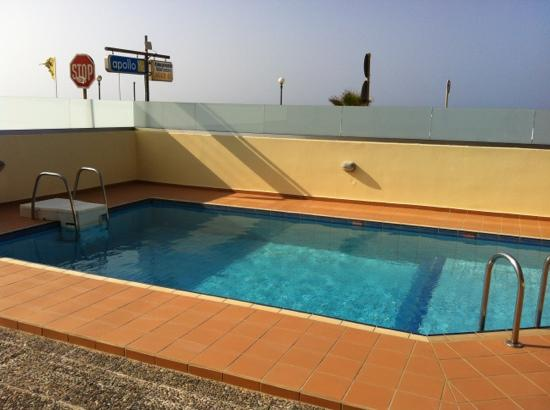 Marel: small but cozy pool