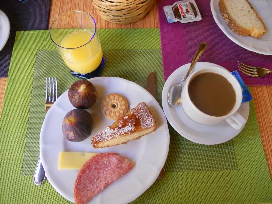Baglio Vecchio Agriturismo: Breakfast