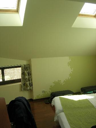 L'Hôtel : attick room2