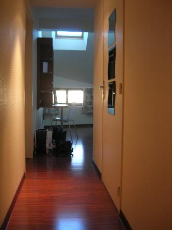 L'Hôtel : attick room3