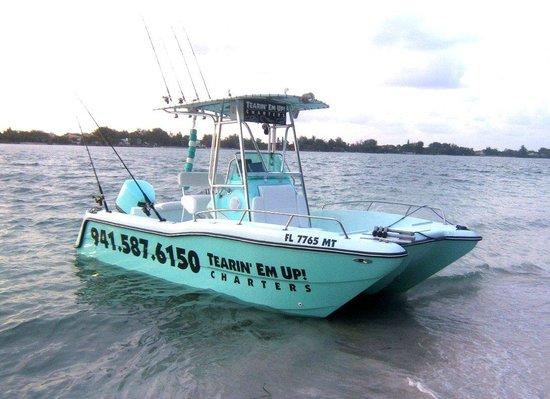Tearin' Em Up! Fishing Charters: The Phat Katt II