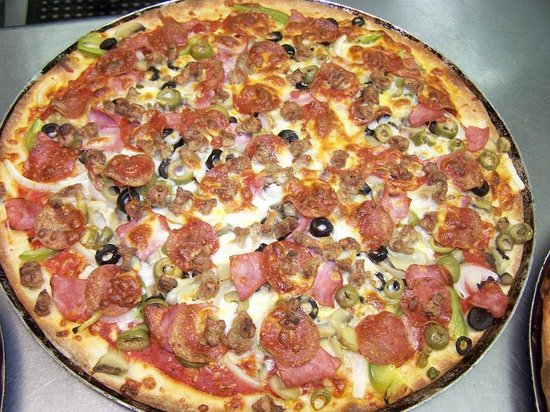 Village pizza review of the village pizza of limestone for Asian cuisine athens al