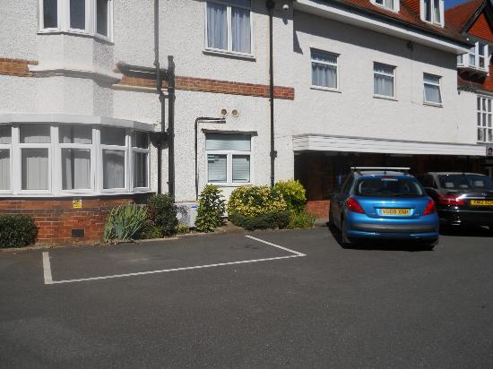 Best Western Linton Lodge Hotel: easy to park