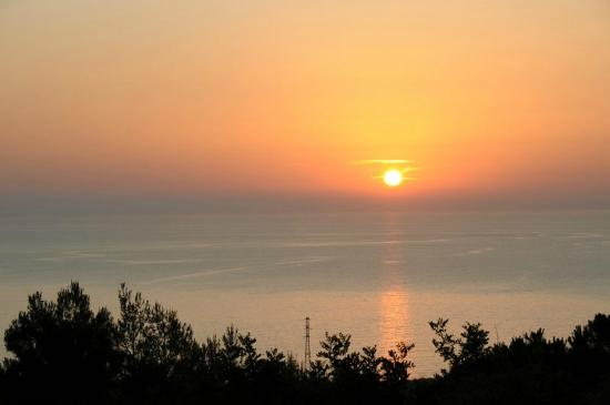Calampiso Sea Country Resort : Tramonto