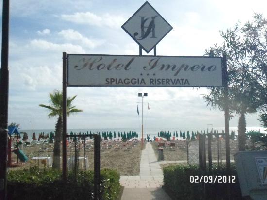 Hotel Impero: spiaggia privata