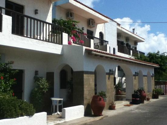 Hotel Galini: L' entrata