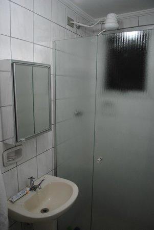 Bela Cintra Flat Service: Bathroom