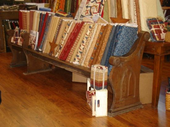 Red Rooster Quilts Photo