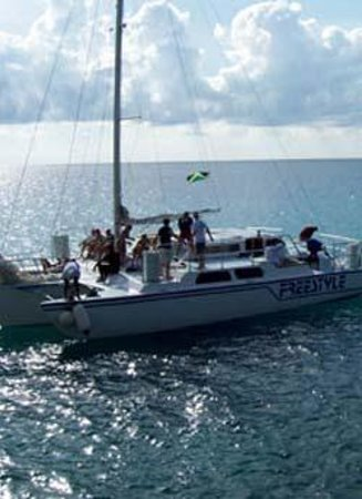 Jamaica Water Sports: Enjoy the sites on Freestyle