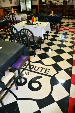 Route 66 Hotel And Conference Center: Restaurant