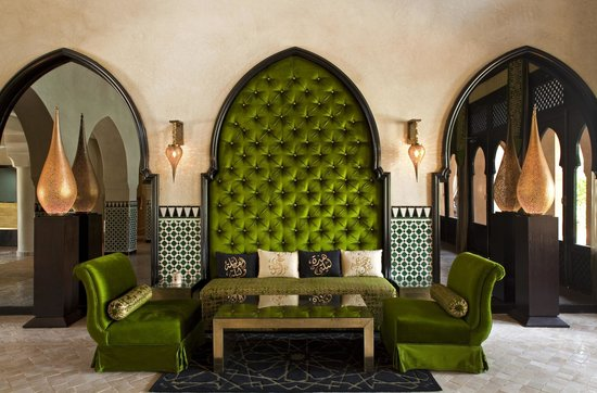 Palais Aziza & Spa: Lobby View Couch