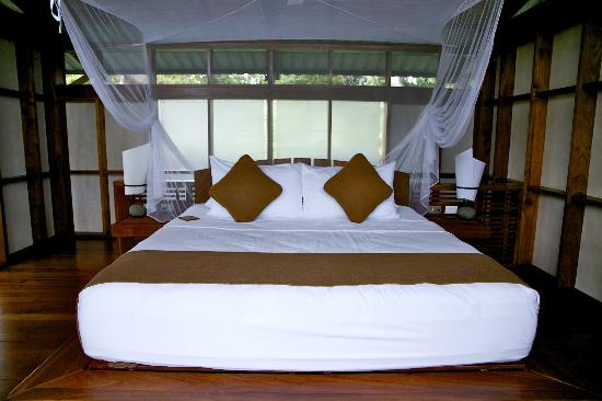 Jicaro Island Ecolodge Granada: our uber-comfy bed