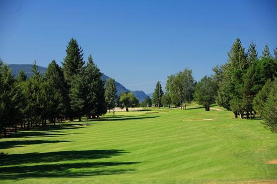 Castlegar Golf Club & RV Park