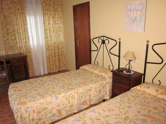 PR Tambre: Habitación doble con dos camas