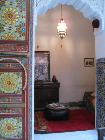Dar Rbab: Dining room looking into the sitting area