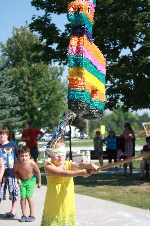 Toronto North Cookstown KOA: Pinata