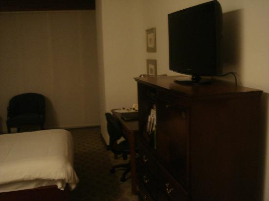 NH Collection Quito Royal: room