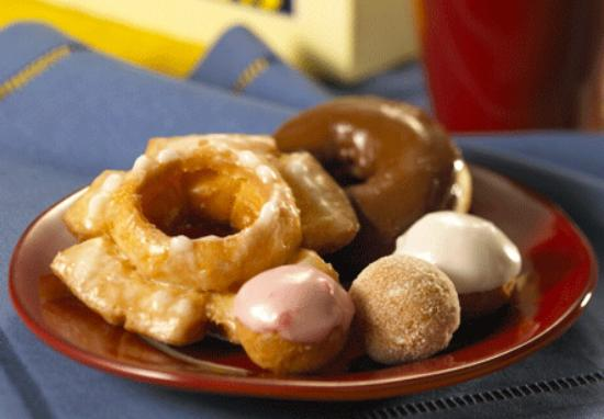 Daylight Donuts Photo