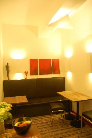 Pension am Jakobsplatz: The stylish little breakfast area