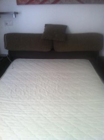 Port Xabia: sofá cama