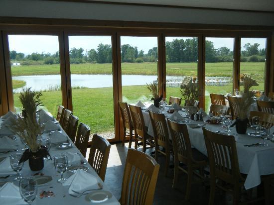 Gallatin River Lodge : Patio Room - Reception