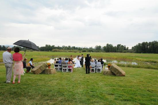 Gallatin River Lodge : Wedding Ceremony