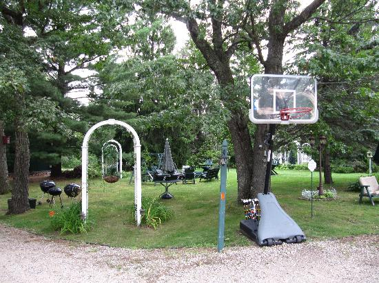 Wildflower Cottages of Pequot Lakes : Common area