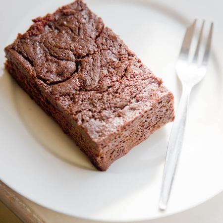 The Pines Garden Tea Room: Cake!