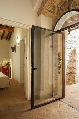 هوتل سوريلا لونا: Area Suite