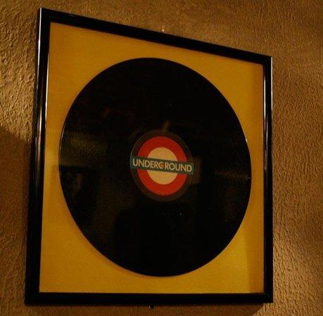 Velvet Underground: Details