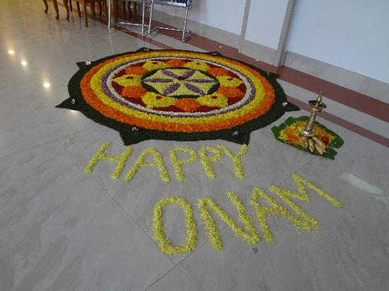 Arcadia Regency Hotel Alleppey: Onam decoration in hotel lobby